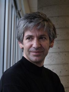 Ricardo Izquierdo is a specialist in printed elctronics and a professor at the ÉTS