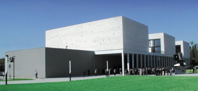 Les locaux de l'ISU situés à Strasbourg, France. Source [Img3]