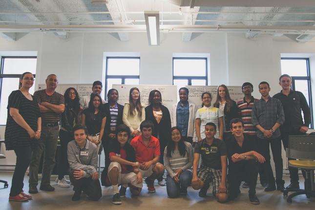 L'équipe de Décliq et les participants à ce projet.