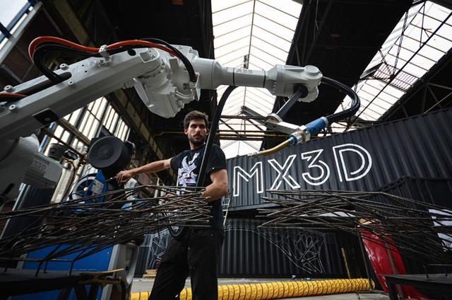robot mx3d