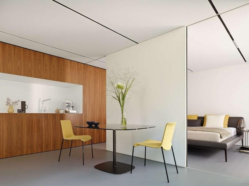 L'intérieur d'une maison sans CO2 qui n'utilise par d'énergie extérieure, ne génère pas de gaz à effet de serre et ne produit pas de déchets