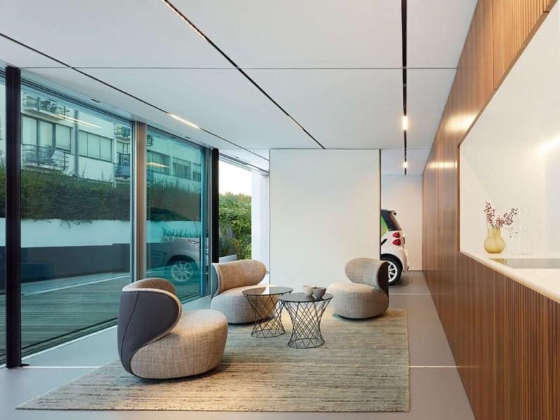 L'intérieur d'une maison sans CO2 (avec garage intérieure) qui n'utilise par d'énergie extérieure, ne génère pas de gaz à effet de serre et ne produit pas de déchets