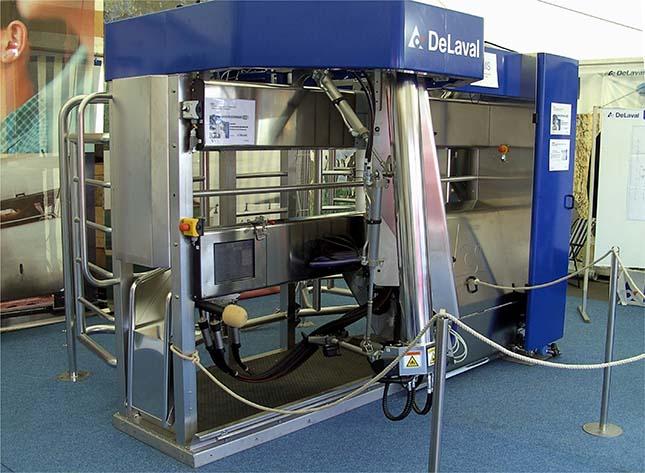 Un robot pour traire le lait des vaches de façon autonome.