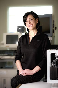 Rita Noumeir est professeur à l'ÉTS et s'intéresse à l'aide au diagnostic médical