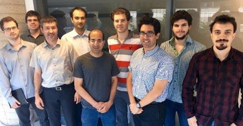 Les gens qui travaillent dans l'équipe Sparks Microsystems