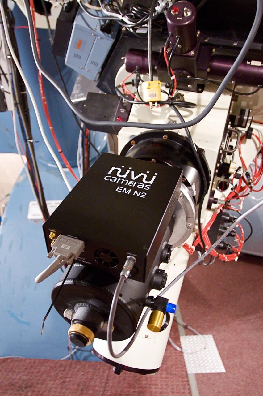 Usage d'une caméra de Nüvü Camēras sur un télescope spatial.