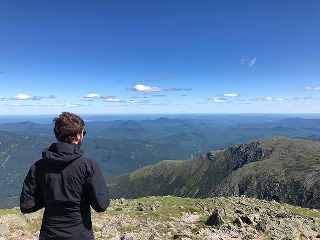 Étudiant de l'ÉTS en haut du Mont Washington, New Hampshire