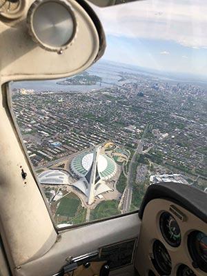 Parc olympique de Montréal pris d'un avion
