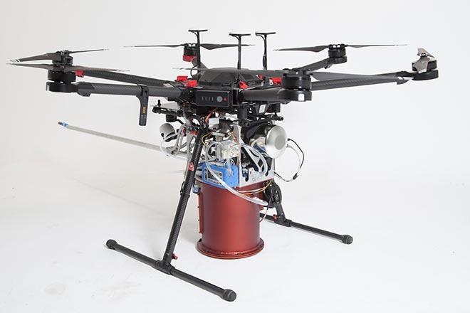 caractérisation de la qualité de l'air ambiant assisté par drone avec DroneXperts