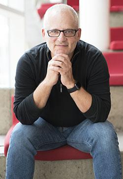 Francis Bordeleau, professeur au Département de génie logiciel et des TI de l'ÉTS