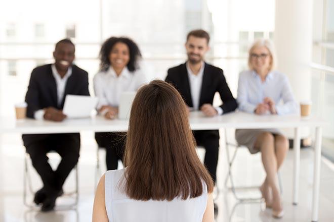 Candidat passant une entrevue d'embauche