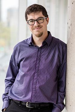 Pascal Giard, professeur au Département de génie électrique de l'École de technologie supérieure